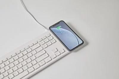 韓國Pout Hands 5 Combo 3合1無線鍵盤+鼠標+充電板