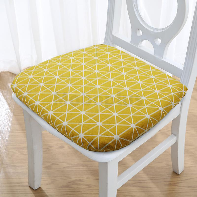 M-Plus LEDOU 記憶棉餐椅坐墊