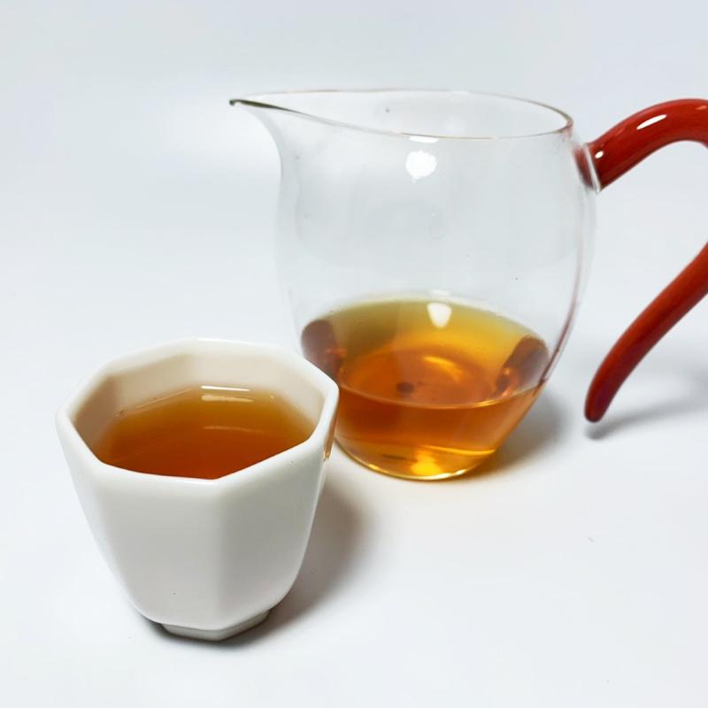 2003年 易武正山 百年古樹 普洱生茶餅 400g【市集世界 – 市集茶莊】