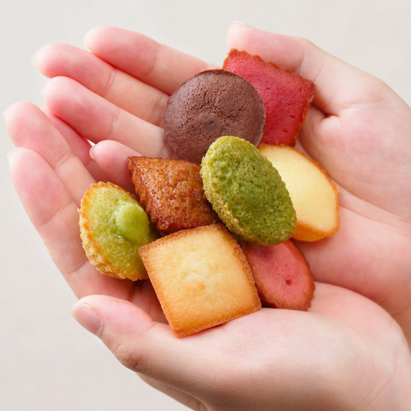 日本Henri C. 法式繽紛雜錦 迷你蛋糕禮盒 (1盒18件)【市集世界 - 日本市集】