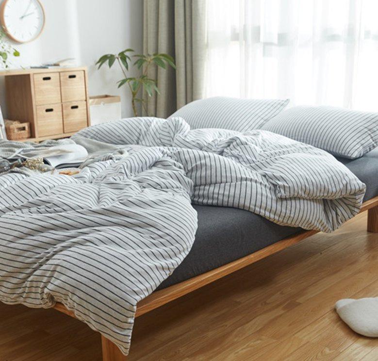 日系橫紋床品套裝(床單+被套+枕頭袋X2)灰白色黑條