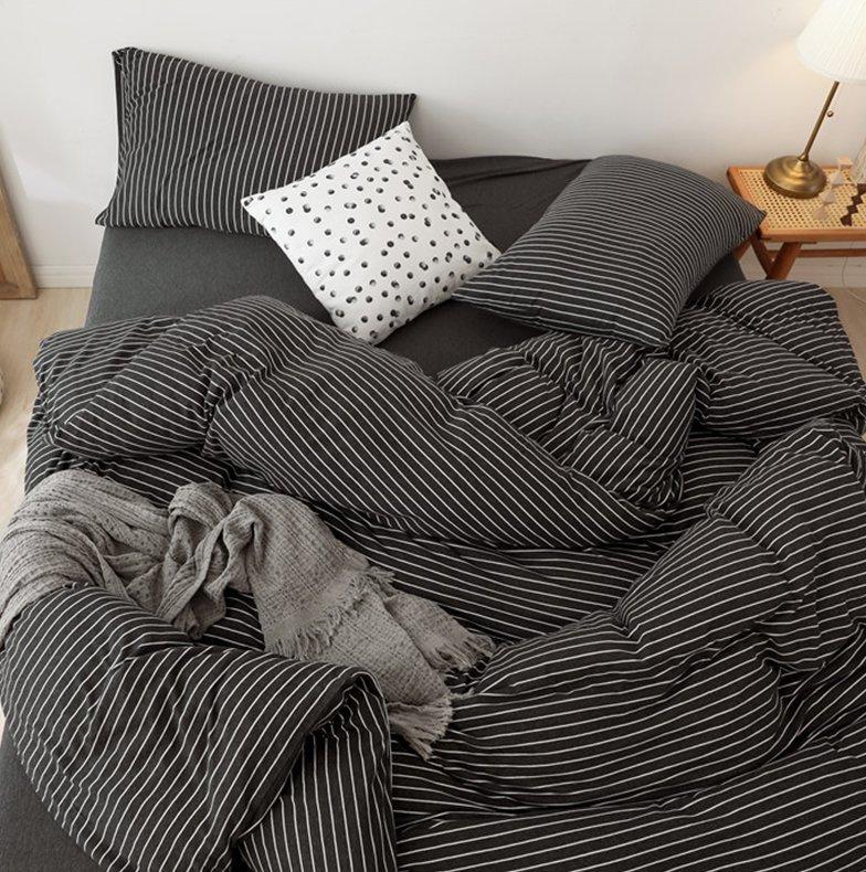 日系純棉橫紋床品套裝(床單+被套+枕頭袋X2)[黑色]