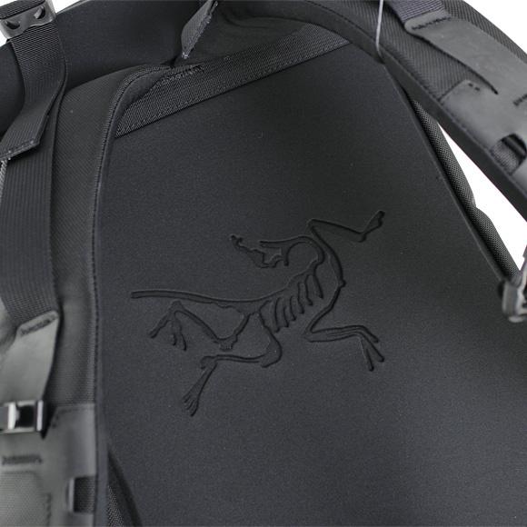 Arc'teryx Arro 22 戶外旅行背囊 [2色]