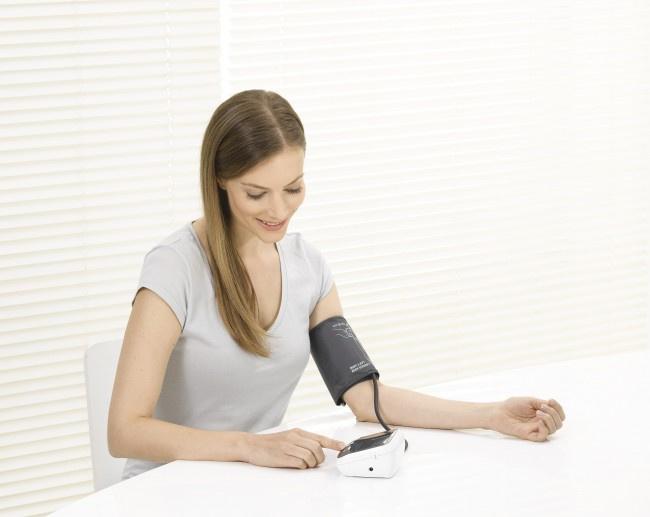 BEURER BM40 雙人時間日期記錄手臂式血壓計 Made in GERMANY (德國製造) 門市現金優惠價$350