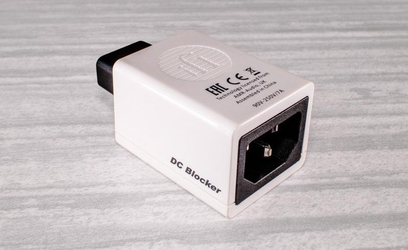 iFi DC Blocker