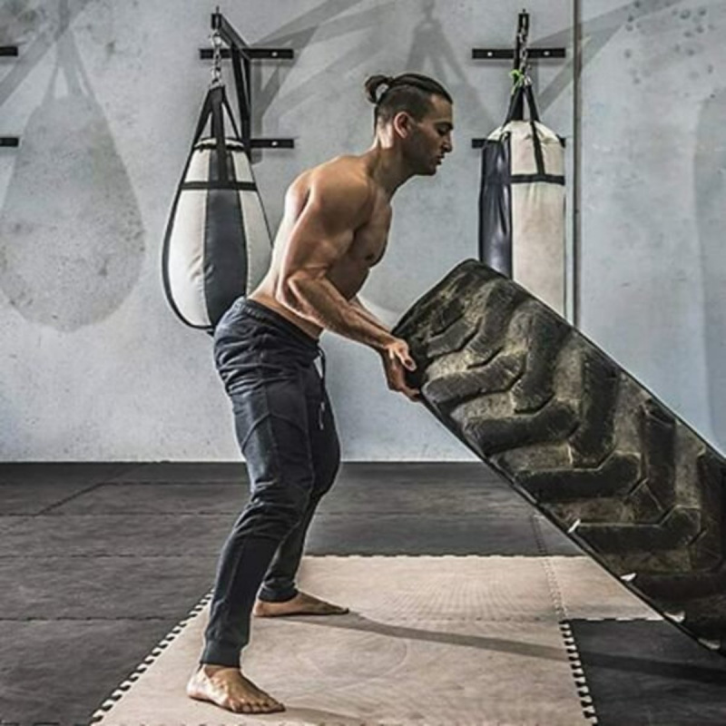BUTZ男士健身訓練慢跑長褲拉鍊袋