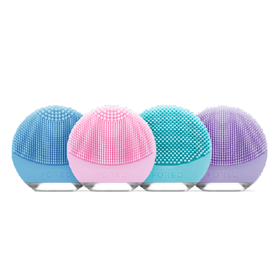 Foreo Luna Go Facial Cleansing Device