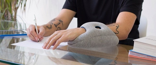 OSTRICHPILLOW® MINI 休息托枕