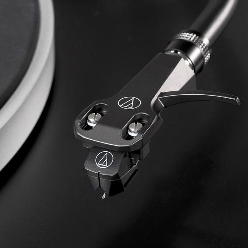 AUDIO TECHNICA 全手動直接驅動唱盤機 AT-LP5X