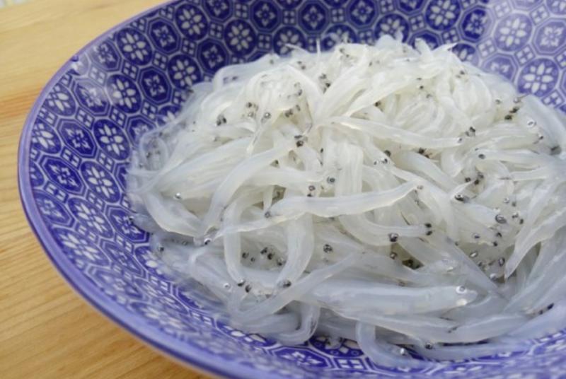 白飯魚 UDS015 每盒 (約1KG)