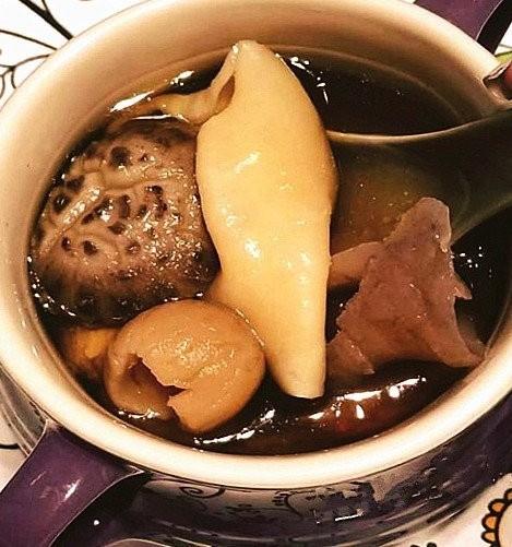 香港 即食花膠+巨型冬菇+上湯 UDS128 每包(約300G)