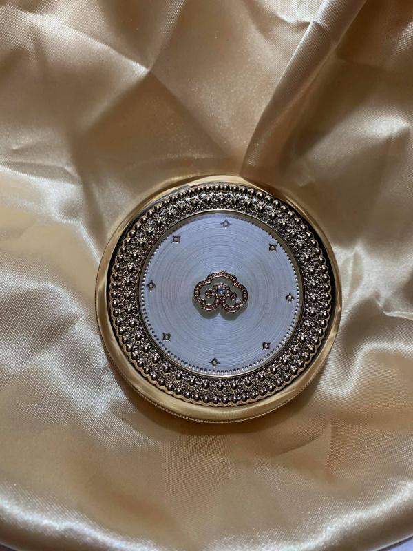 拱辰享 美奢華黃金氣墊霜 (唔跟Refill) (21號嫩白) (Luxury Golden Cushion Glow 15g)