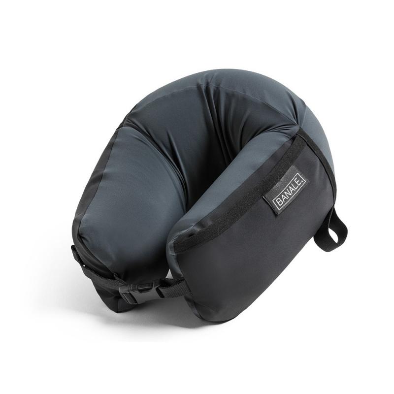 Banale Omni Pillow 三合一旅行U型頸枕