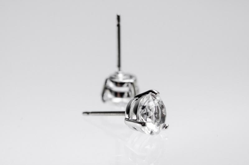 Swarovski SOLITAIRE 鍍白金色穿孔耳環 (1800046)