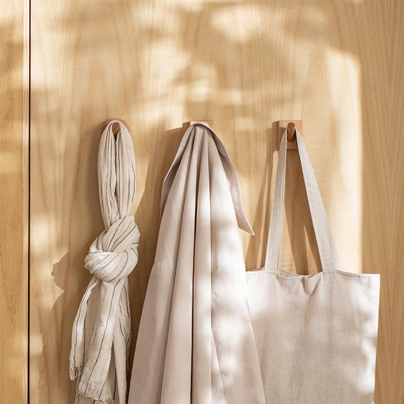 一貼即用木製掛衣牆勾 [2款][2個]