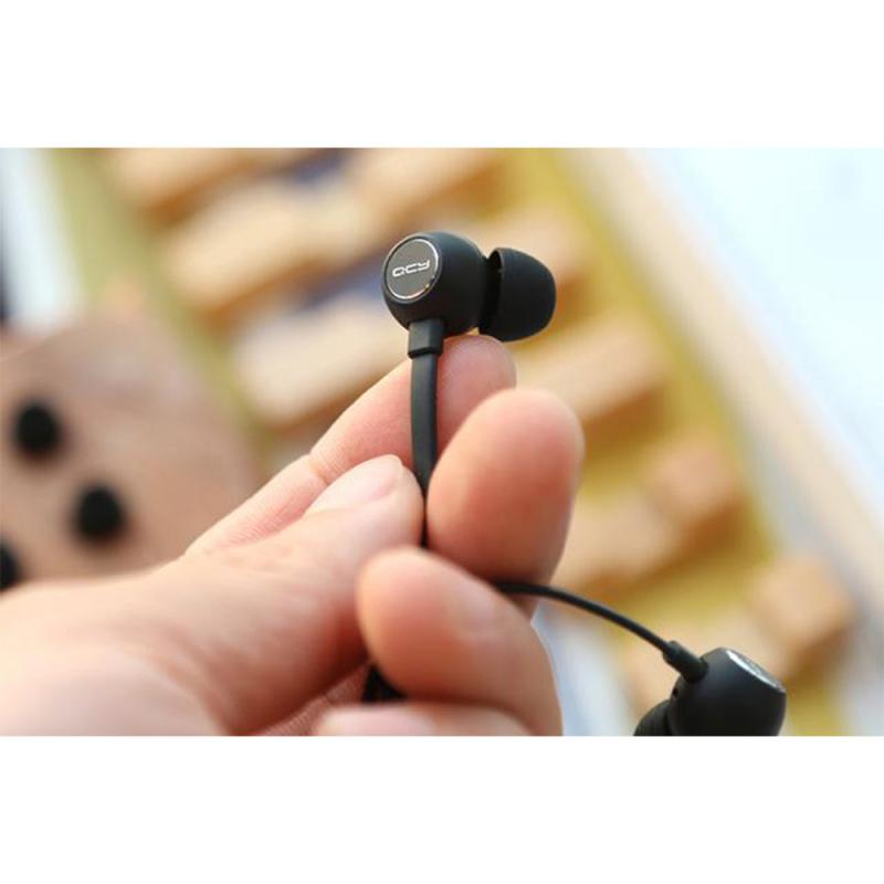 QCY L1 頸掛式藍牙耳機 [黑色]