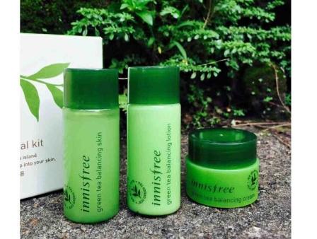 Innisfree 綠茶平衡保濕旅行套裝 10盒