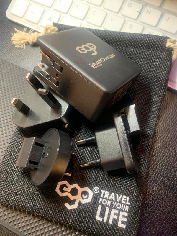 EGO 4ports USB 30W 旅行充電器