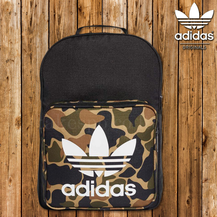 日本adidas originals 迷彩 Backpack
