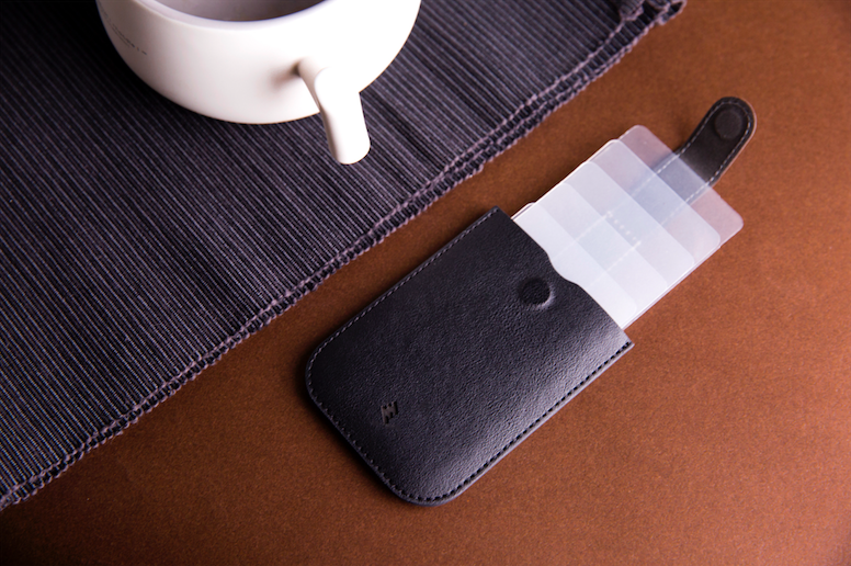 DAX Wallet 第3代PU皮超薄信用卡及紙幣套
