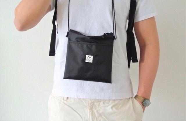 日本ブラック超軽量斜揹袋