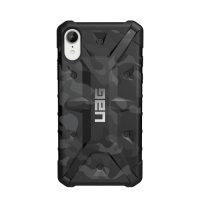 UAG Pathfinder Se Camo Series iPhone XR Case